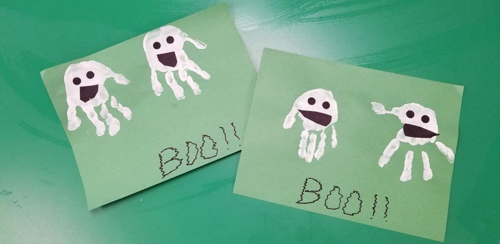 halloween craft handprint