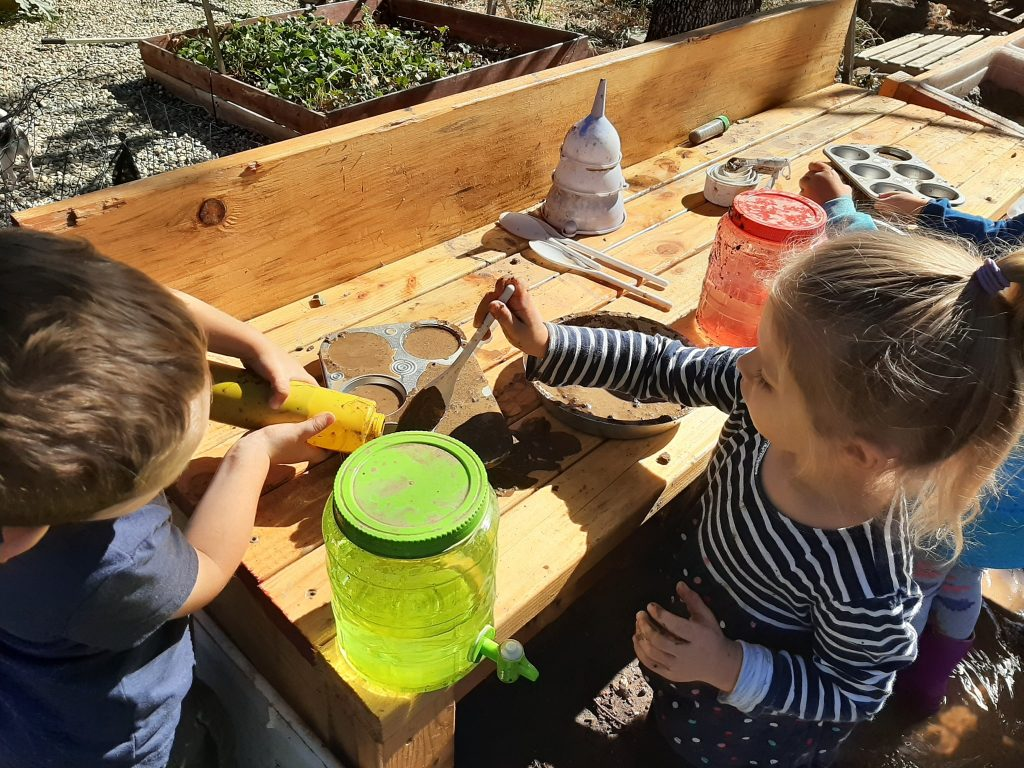 Mud Kitchen for Kids