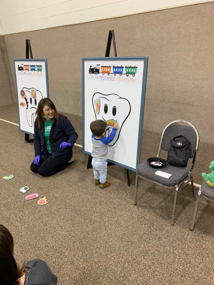 Learning About Dental Health With a Pediatric Dentist