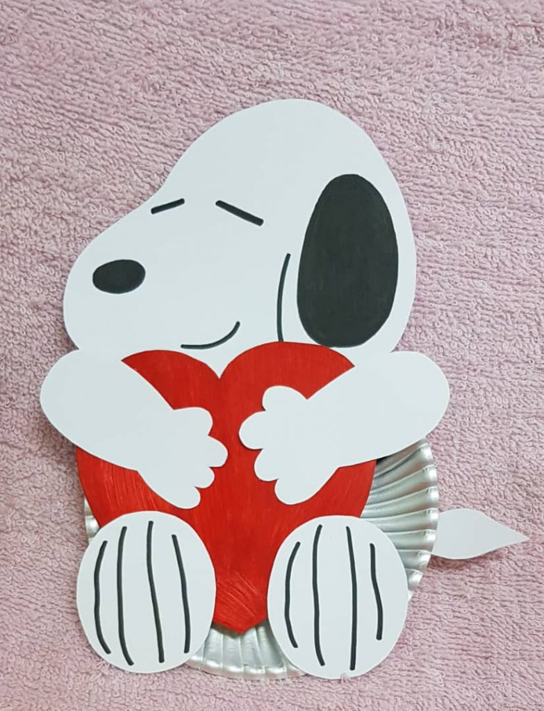 Snoopy Paper Plate Craft